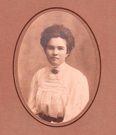 Annie Strassburg - 1910-